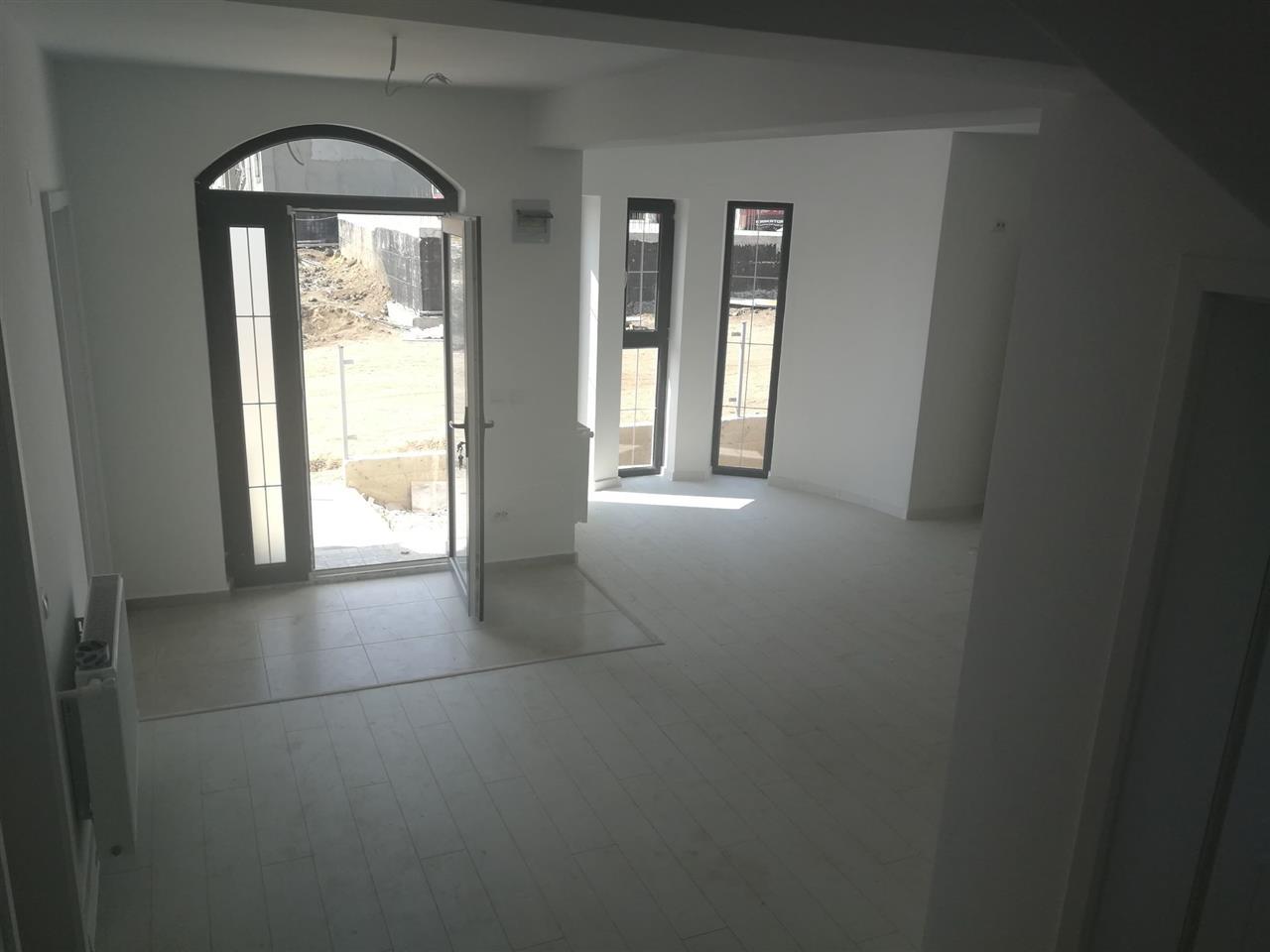PEG Housing 5