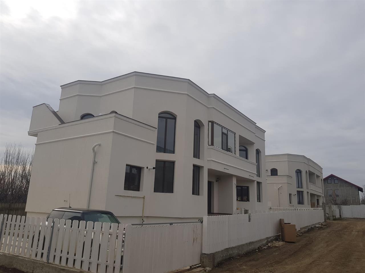 PEG Housing 4