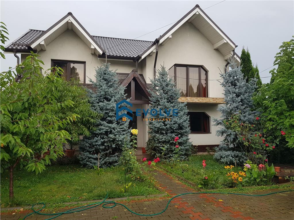Vila de vanzare in Bucium