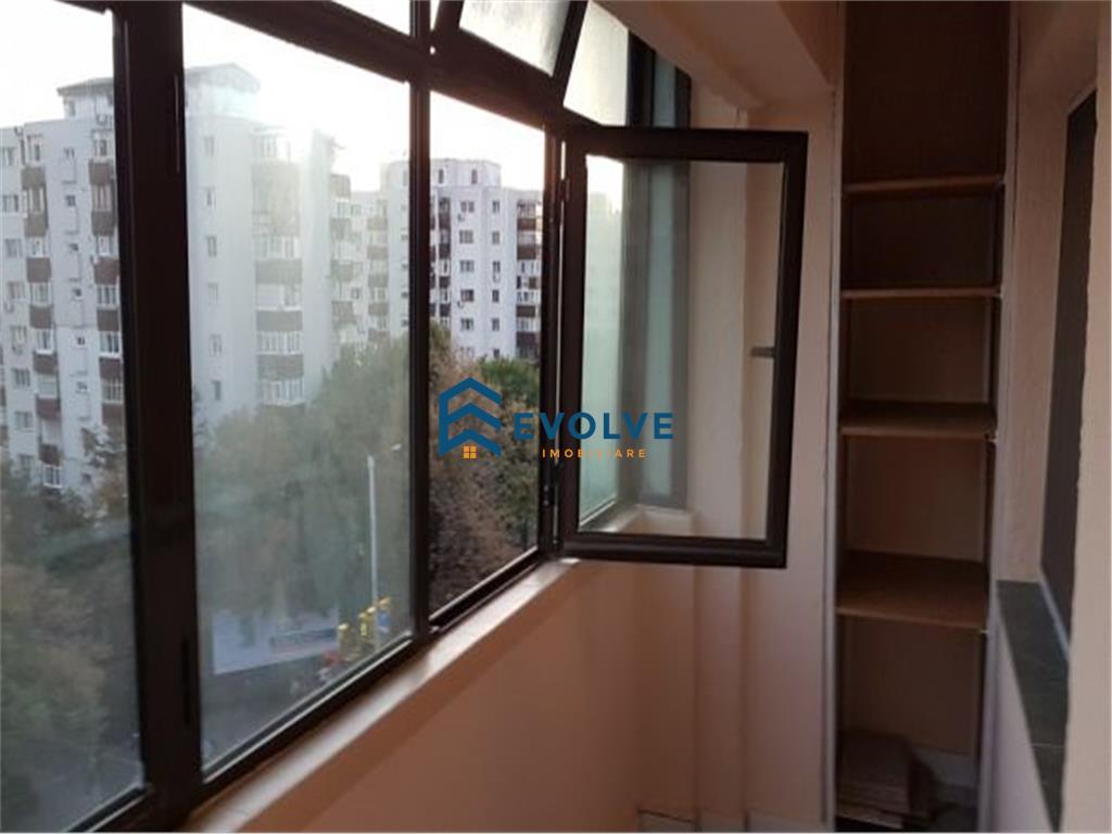Apartament 3 camere Independentei