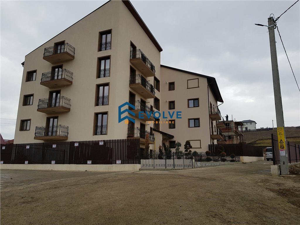 Apartament 1 camera 33 mp + curte proprie, Rediu