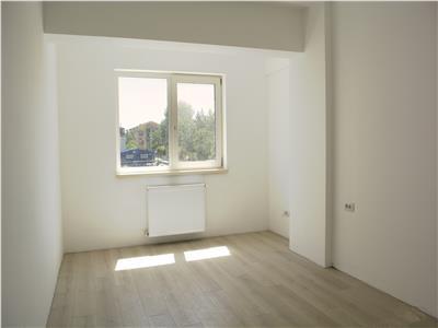 Apartament 3 camere, Galata, terasa 28 mp, loc de parcare si boxa