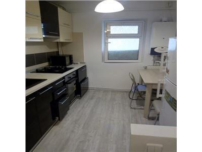 Apartament 3 camere Palas 450E