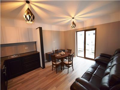 Apartament 4 camere dispus pe 2 niveluri 107 mp, zona Popas Pacurari