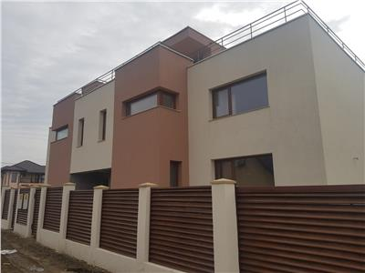 Duplex P+E, terasa la etajul 2, langa statia mijloacelor de transport