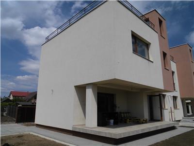Duplex P+E+terasa la etajul 2, langa mijloacele de transport!